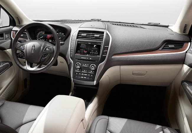 2015 Lincoln MKC Interior Pictures