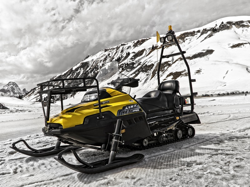 Advantages of Online Snowmobile Repair Manuals